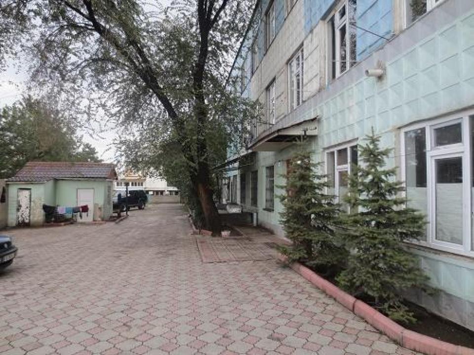 Нежилое      помещение по адресу гБишкек, ул.Ауэзова 1,2.jpg